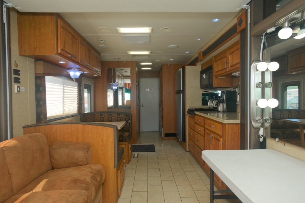 RENTAL RV FOR PRODUCTION