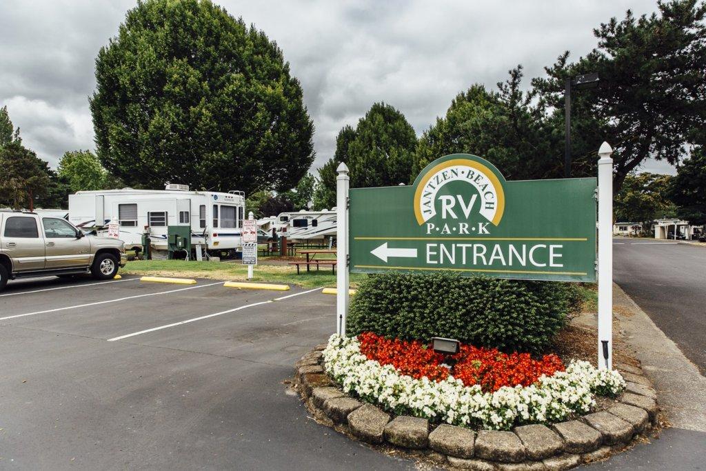 RV Friendly Camp Sites Near Portland, Oregon